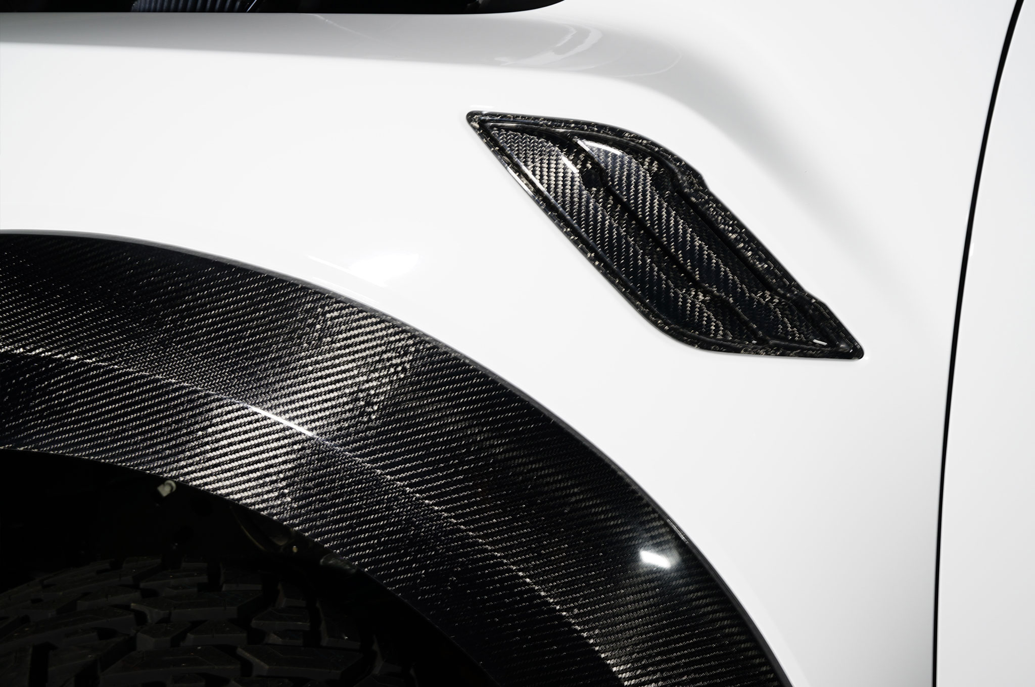 2018 Ford F 150 Raptor MAD Industries White fender vent