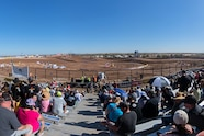 loorrs geico white horse pass crowd wide lead