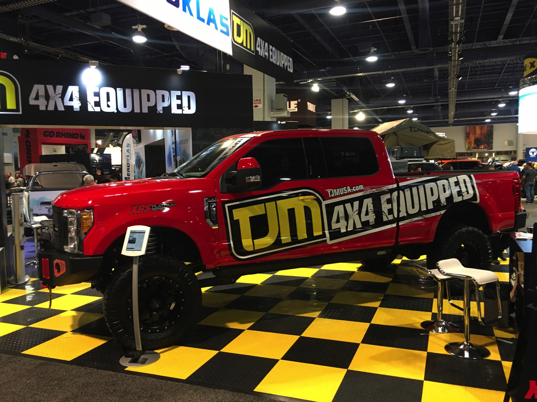 037 sema 2017 day 1 south upper hall gallery photos