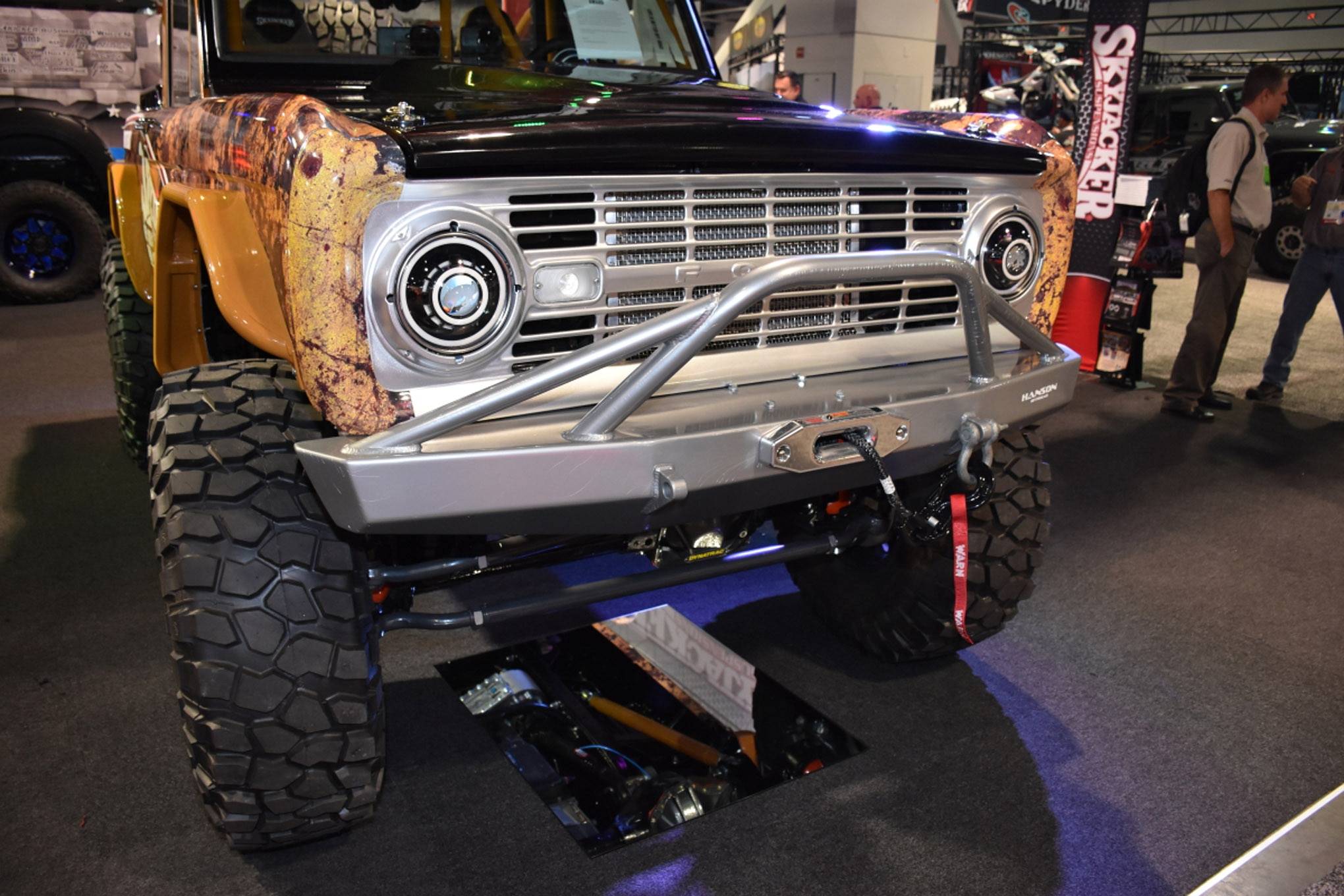 vintage fords of sema 043
