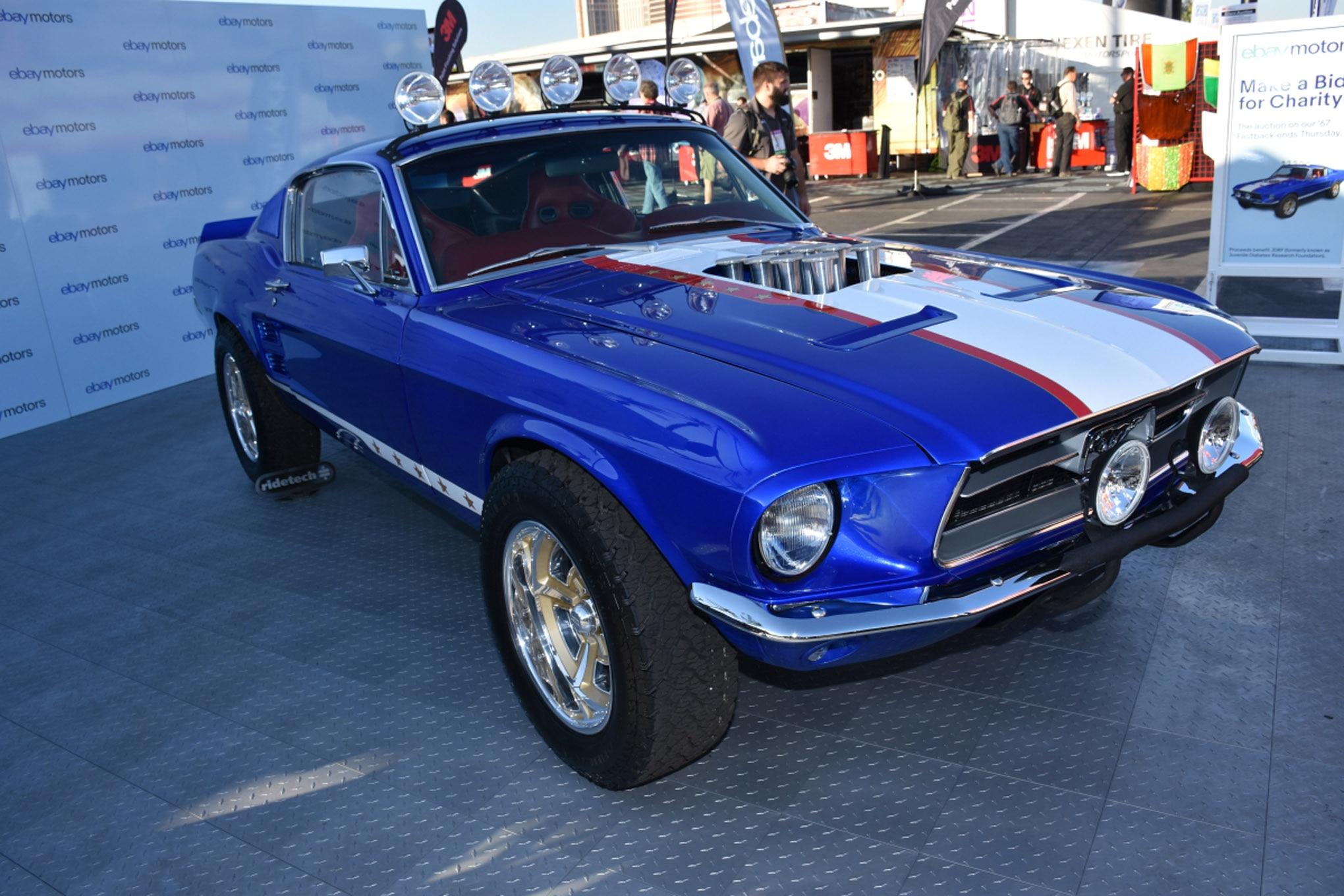 vintage fords of sema 003