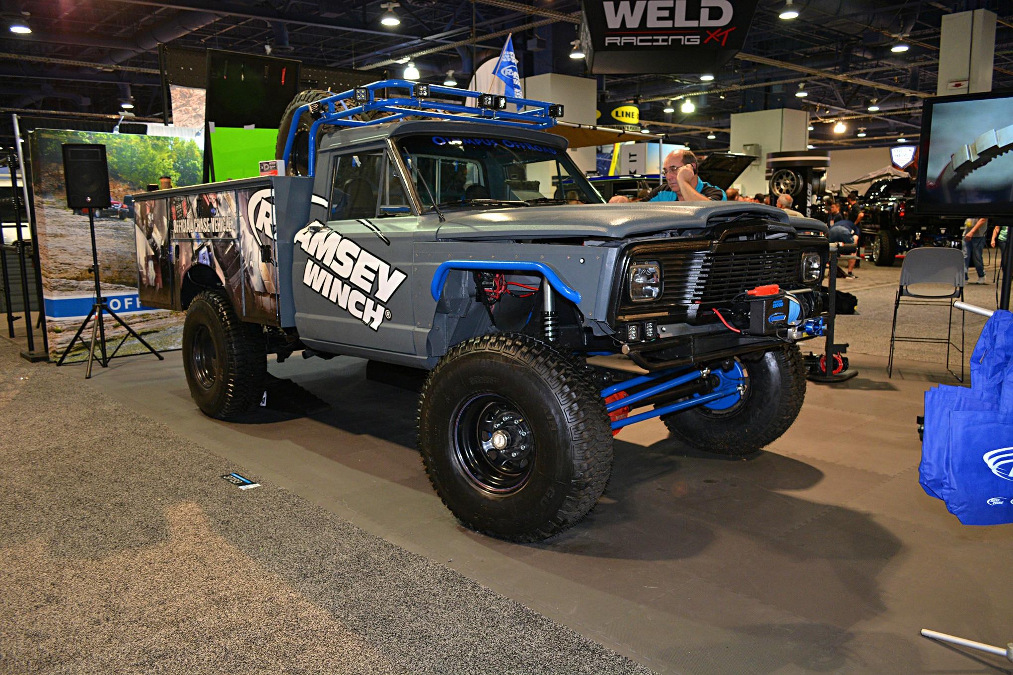 018 vintage jeeps sema 2017.JPG