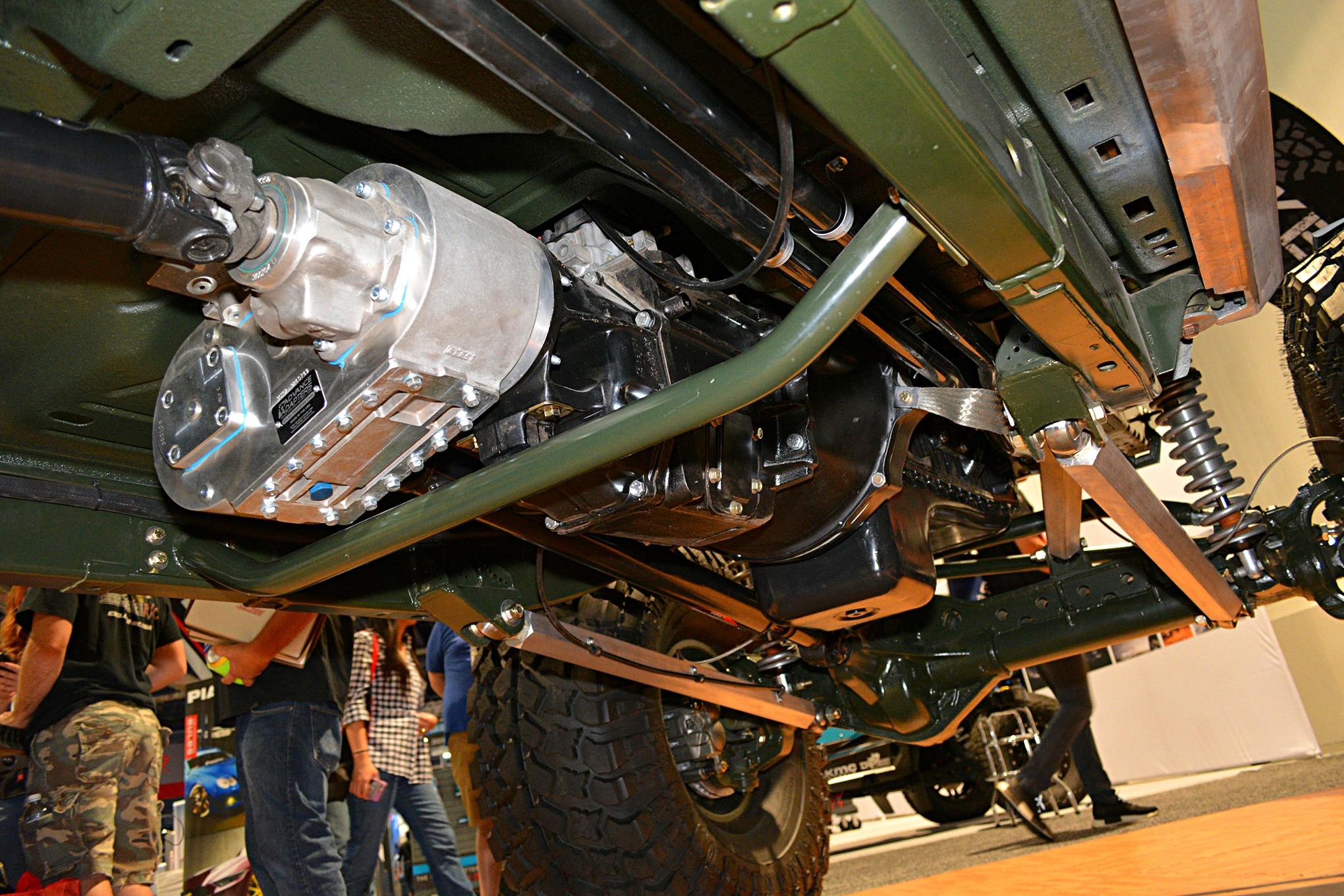 sema jeep mini feature hauk transmission transfer case.JPG