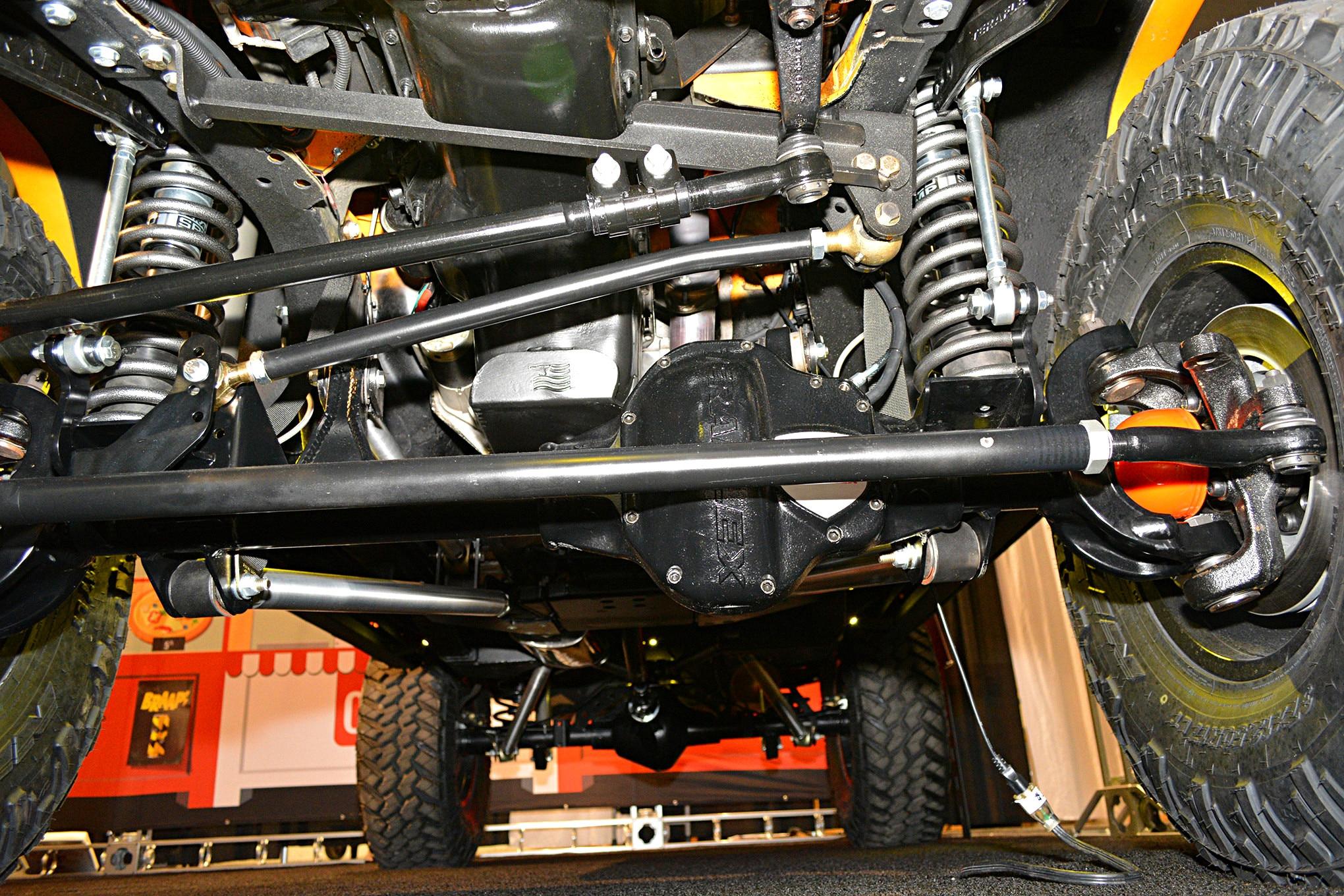 sema jeep mini feature comanche front axle.JPG