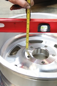 011 jeep wheel science measuring backspacing at home with straight edge and ruler