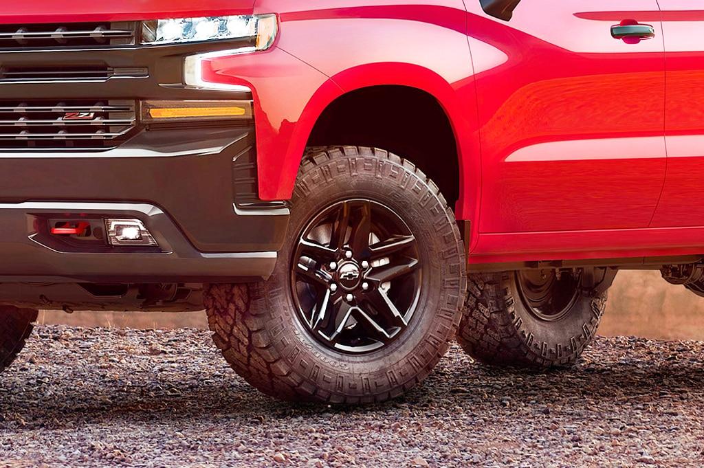 2019 chevrolet silverado 1500 z71 trailboss exterior front tire high contrast