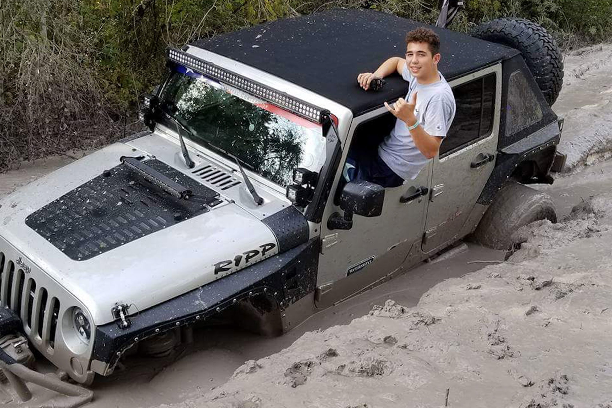 jeep reader rides sideways krawln for the fallen florida