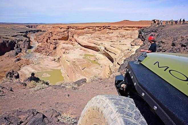 2018 Jp Dirt 'N Drive: 100+ Jeeps Caravan To Moab