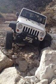 005 nena knows jeeps rock resistance