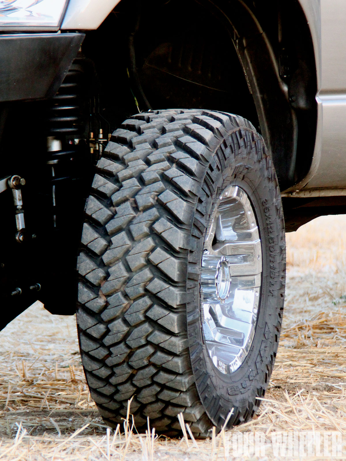 Nitto Terra Grappler Mt >> 129 0912 01 Z Nitto Trail Grappler Mt Tire Full View Tread