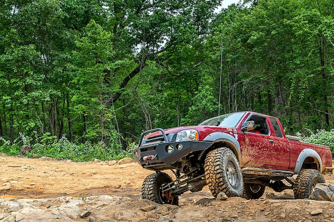 A New Fun Tier: Will's Solid-Axle 2002 Nissan Frontier
