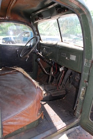007 1946 PW 12 interior