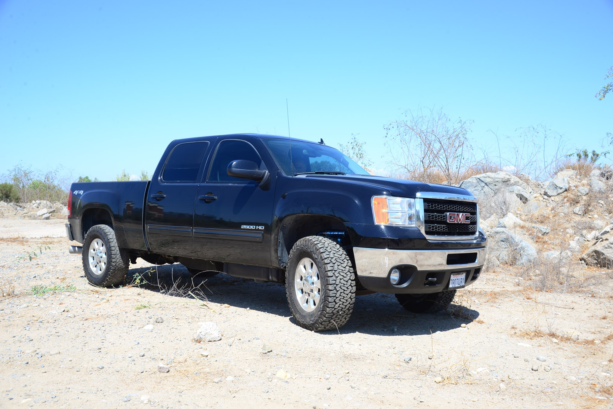 2011 chevy gm 2500 3500 hd silverado gmc jd fabrication leveling mid travel suspension lift bypass shocks lead
