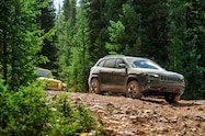 2018 colorado climb 2019 jeep cherokee on trail