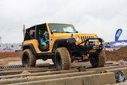 015 all breeds yellow jeep obstacle