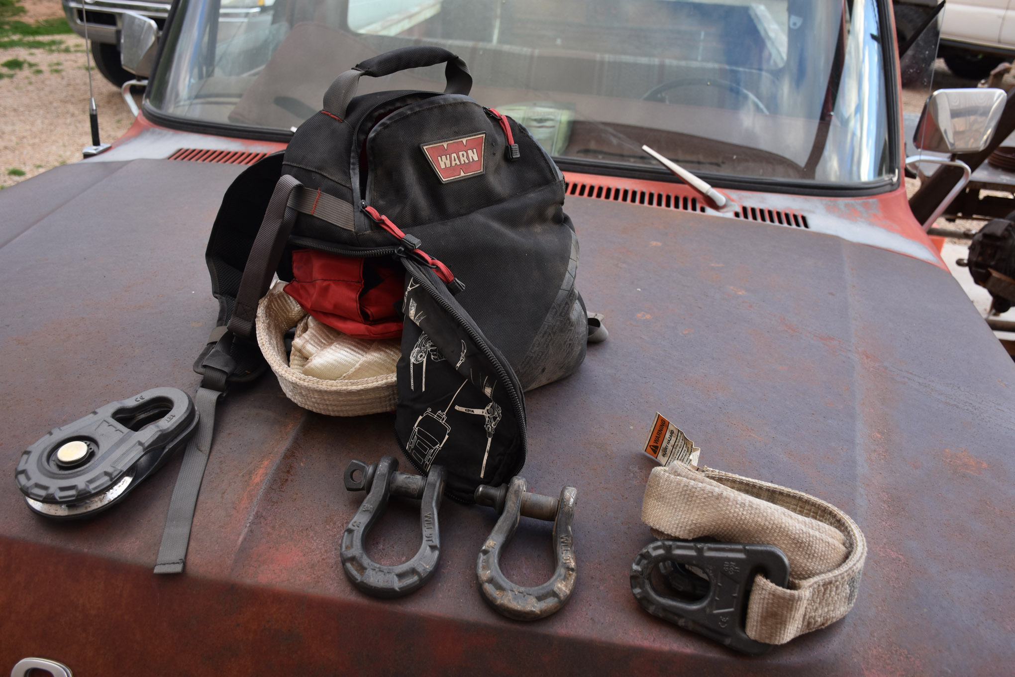 trail tools warn recovery bag