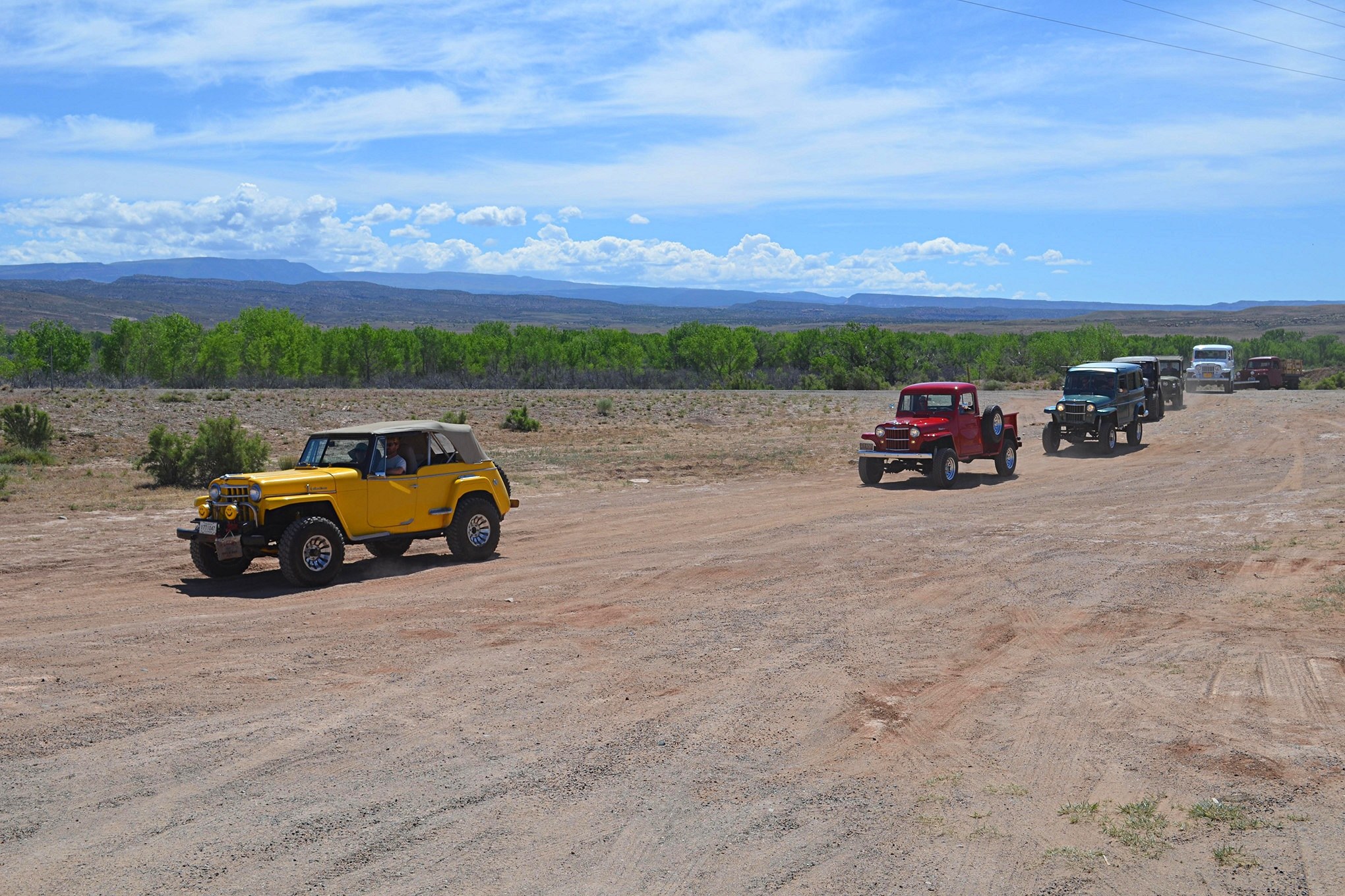 After a few miles of pavement, we arrived at the trailhead for the Saturday trail run. A variety of old Willys made the trek to Utah for the event, some stock and some moderately to heavily modified.