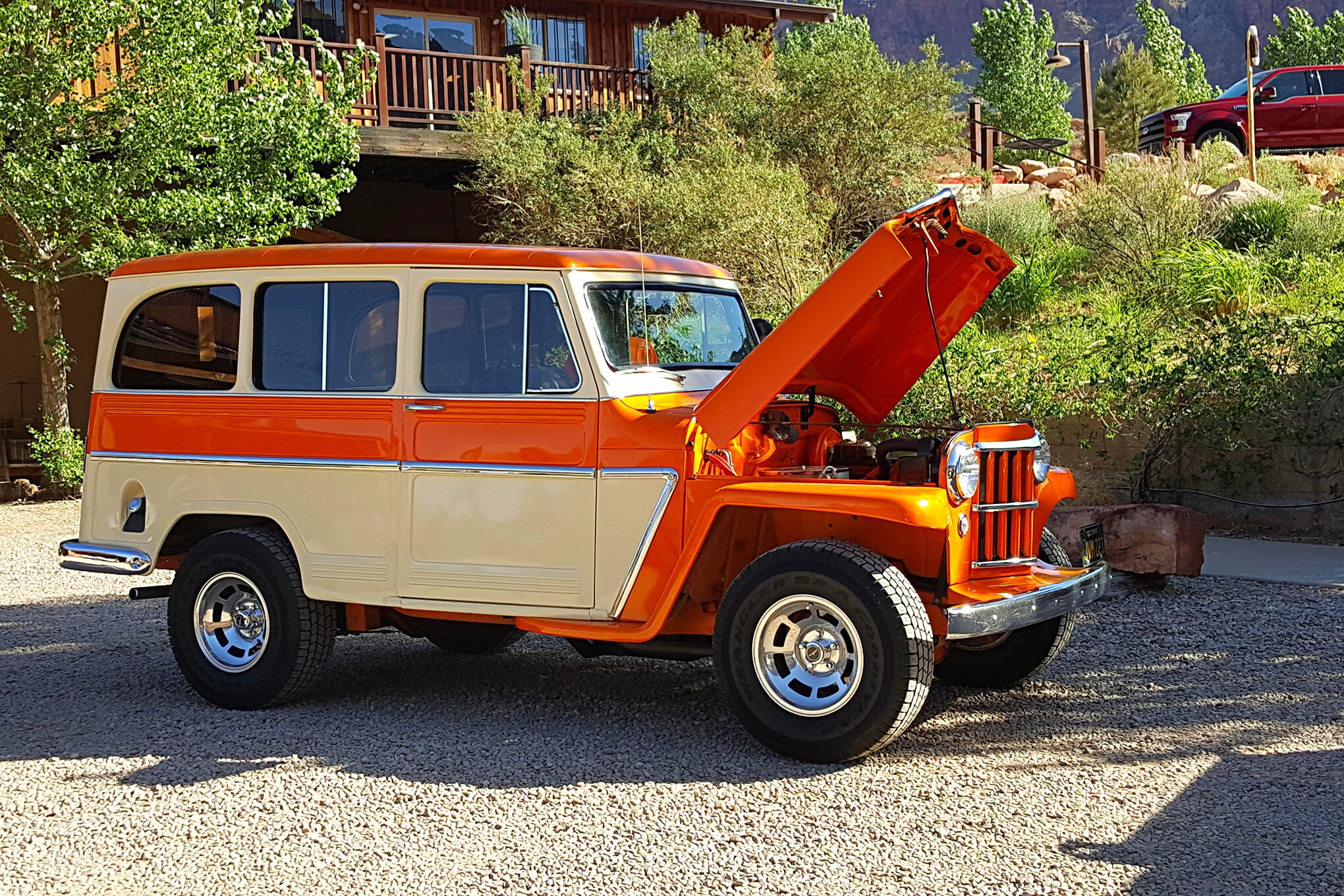 Art Holling drove his 1960 Willys Wagon all the way from Corona, California, to attend his first Willys Rally. This beautiful wagon sports front and rear suspension from a 1978 Corvette, a 350 Chevrolet V-8 engine, and a 700R4 automatic transmission. Art has four wagons in his current collection.