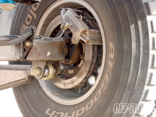 0911or 09 z+1977 chevy c10+coleman racing brakes
