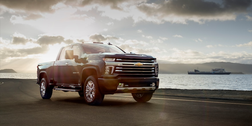 First Look: 2020 Chevrolet Silverado HD – 35,500 Pounds of Towing!!