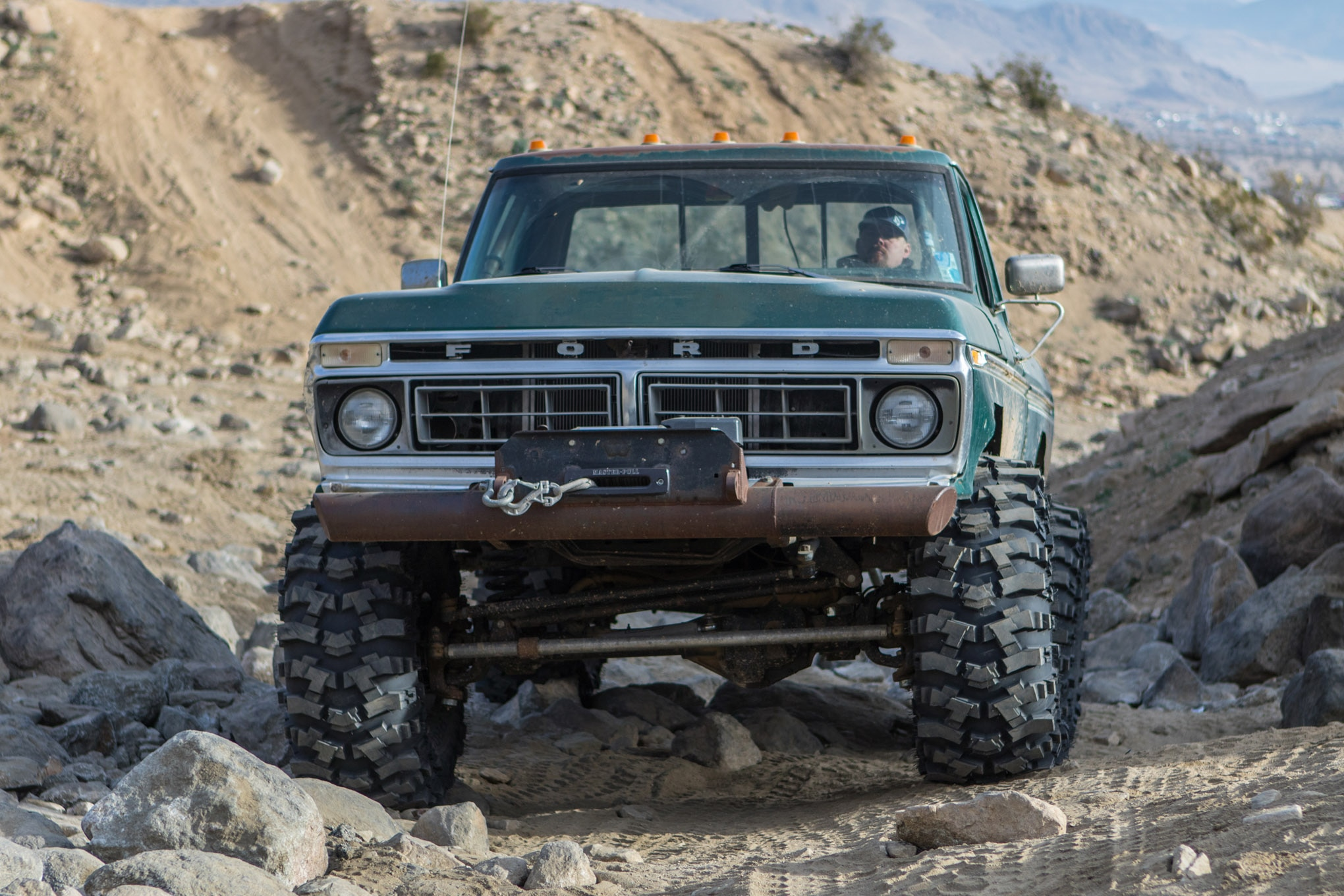 mickey thompson baja pro x lead photo