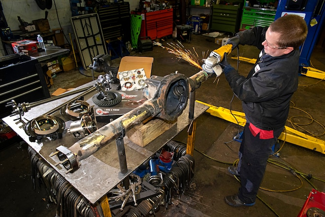 How-To: Build an Ultimate Jeep XJ 88 Rear Axle