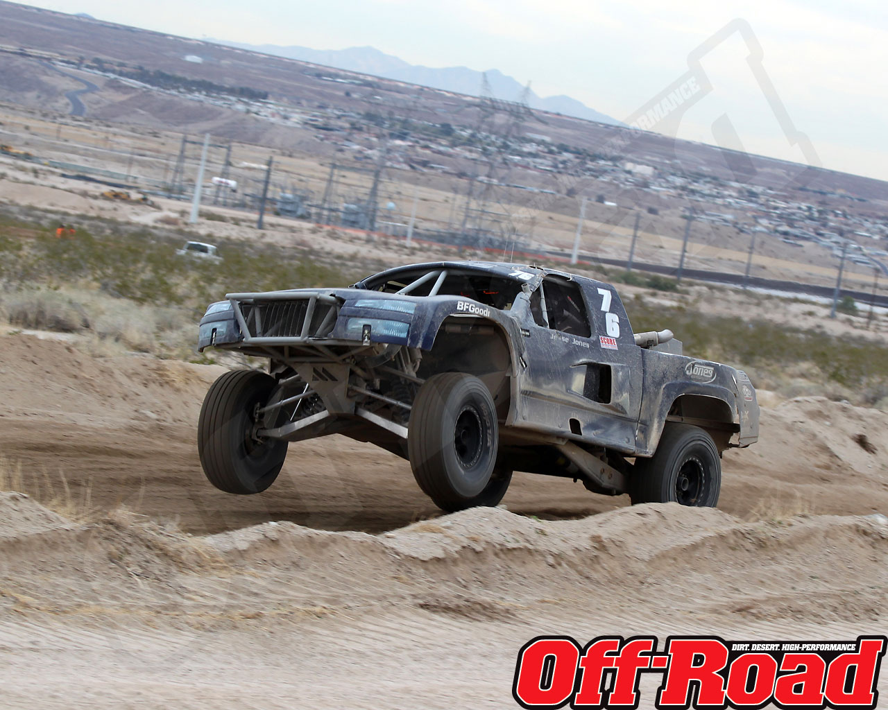 1002or 1518 o+2010 score laughlin desert challenge+trophy truck