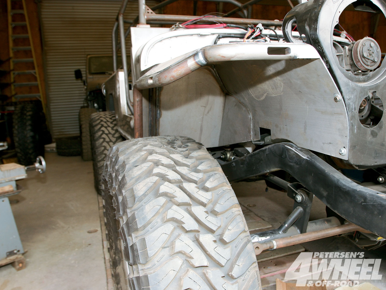 131 1005 03+jeep cj8 scrambler rock fenders suspension+fenderwell