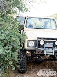 131 1008 01+suzuki samurai grand vitara suspension face off+