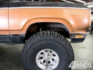 131 1008 10+trail duster suspension tires+front before