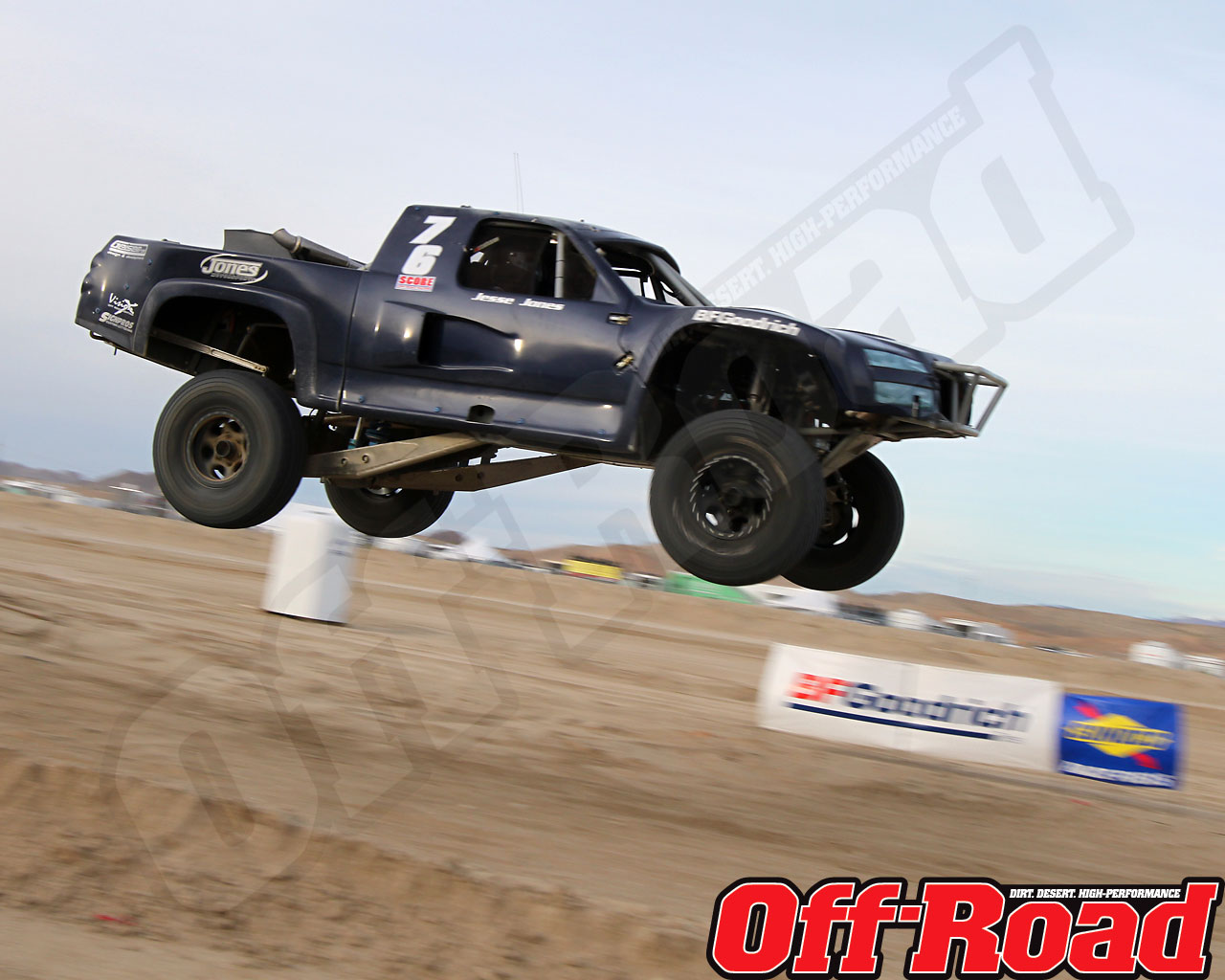 1002or 0675 o+2010 score laughlin desert challenge+trophy truck