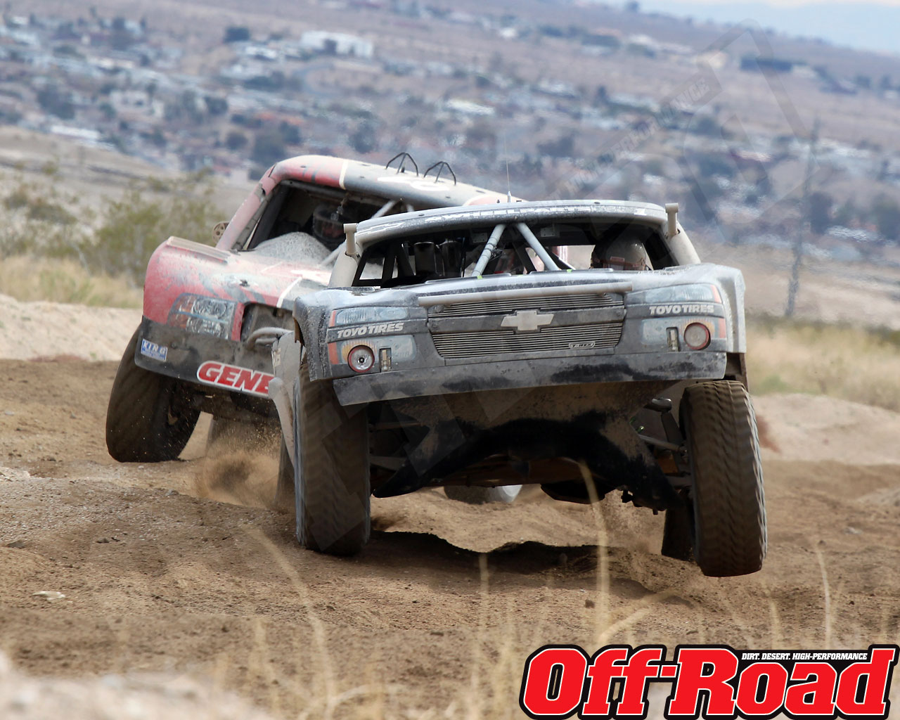1002or 1421 o+2010 score laughlin desert challenge+trophy truck