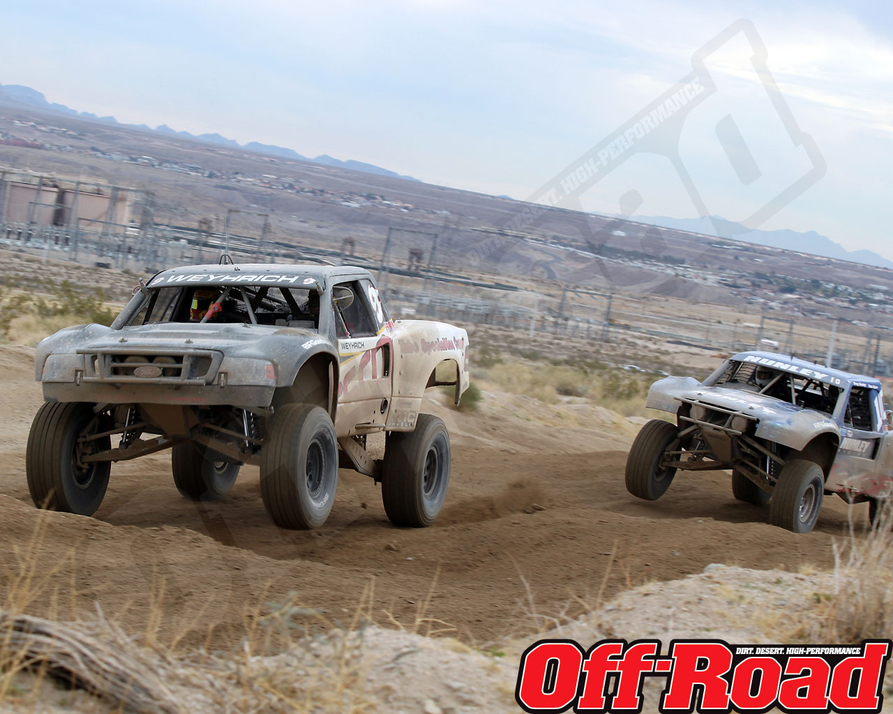 1002or 1445 o+2010 score laughlin desert challenge+trophy truck