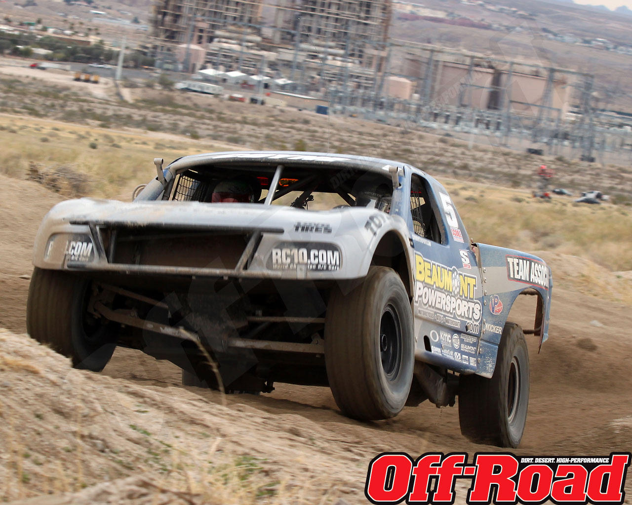 1002or 1455 o+2010 score laughlin desert challenge+trophy truck