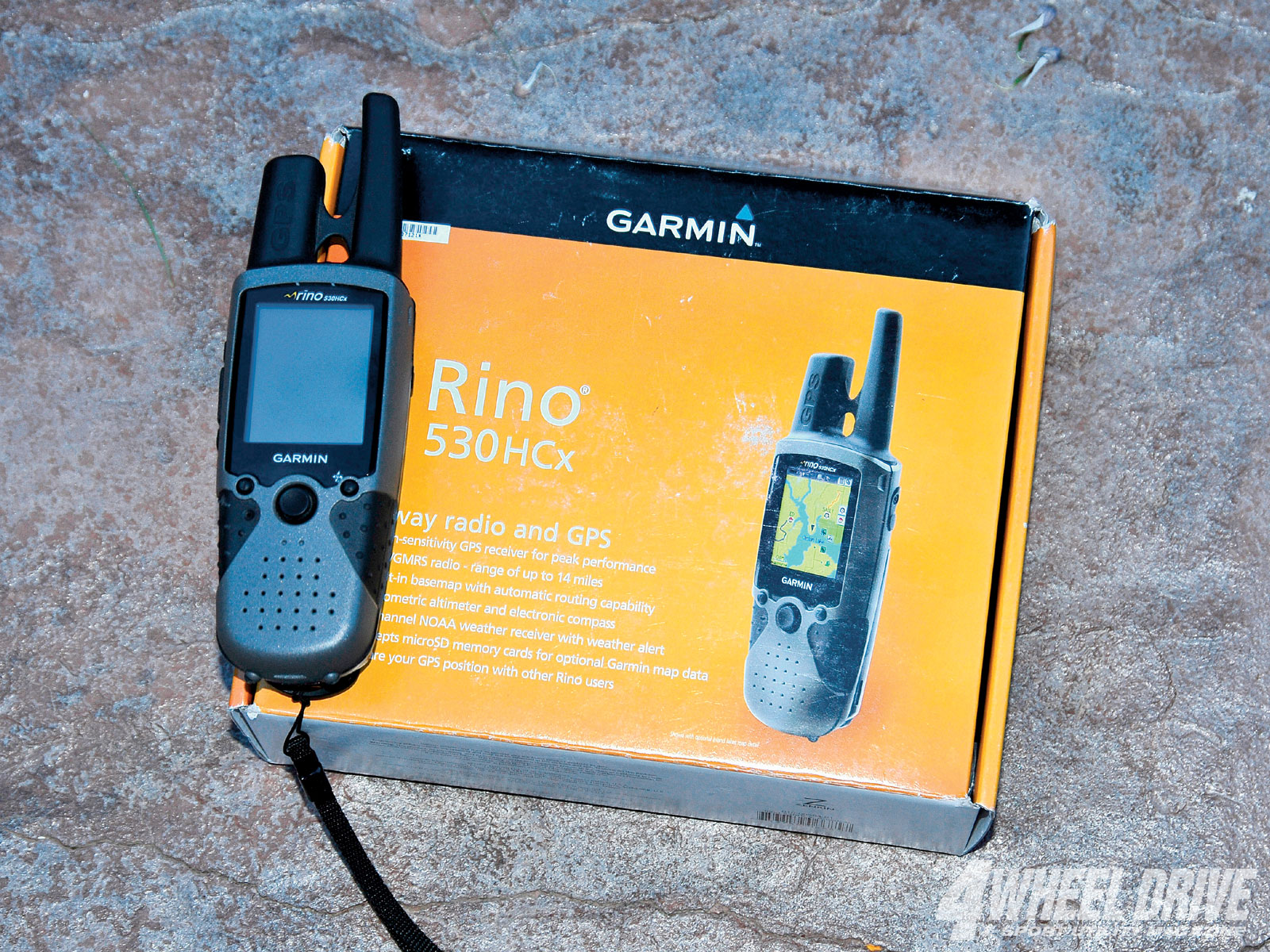 1010 4wd 01+garmin rino 530HCx+two way radio and GPS
