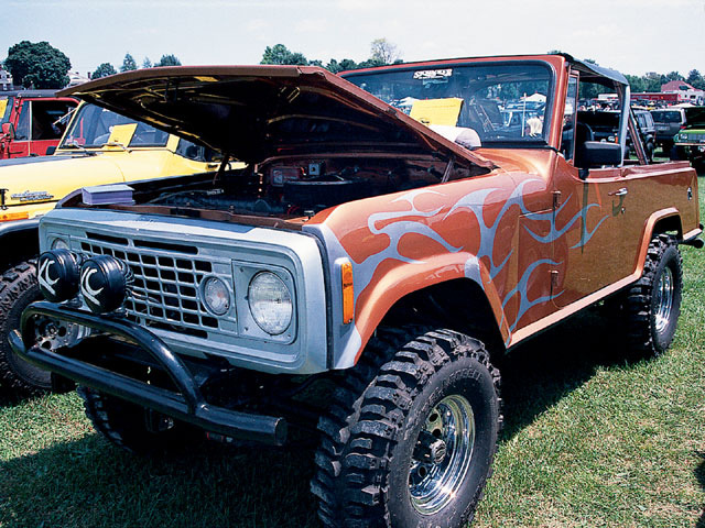 154 0501 03 z+all breeds jeep show+1972 commando