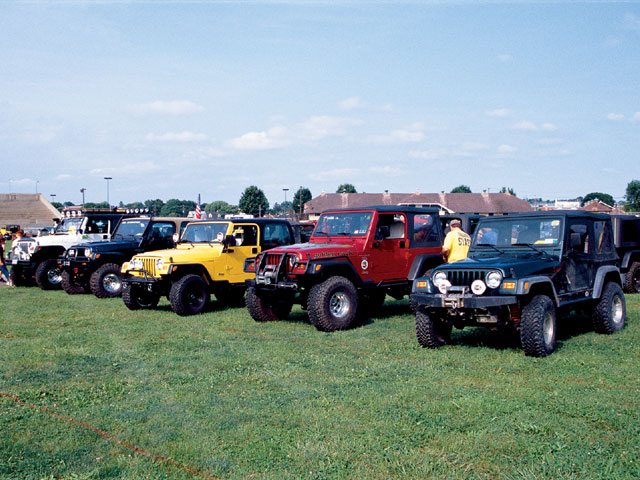 154 0501 06 z+all breeds jeep show+tj row