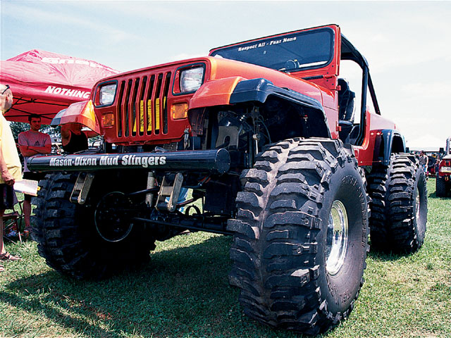 154 0501 07 z+all breeds jeep show+1990 yj