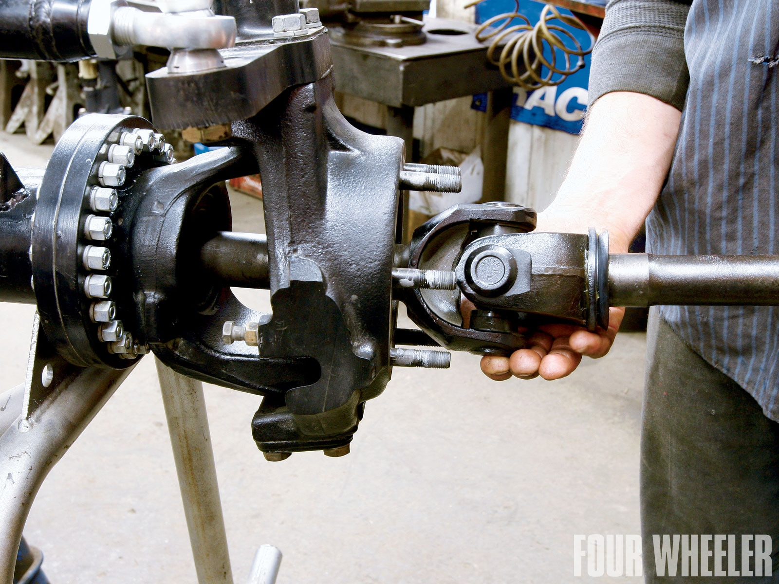 Exploring The Beefy Dana 80 Axle - Four Wheeler Magazine