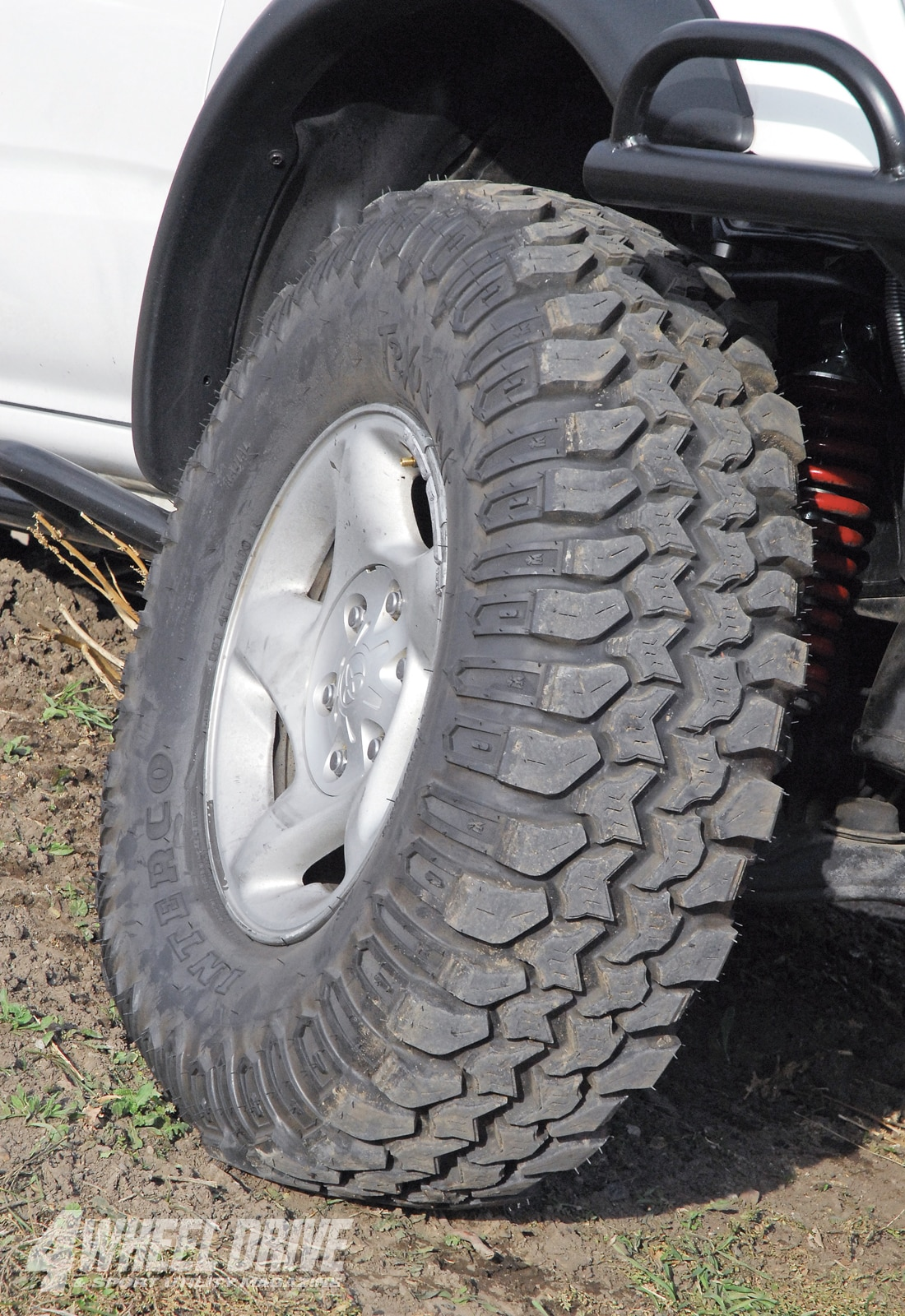 1008 4wd 12+2001 toyota tacoma+interco trXus tires