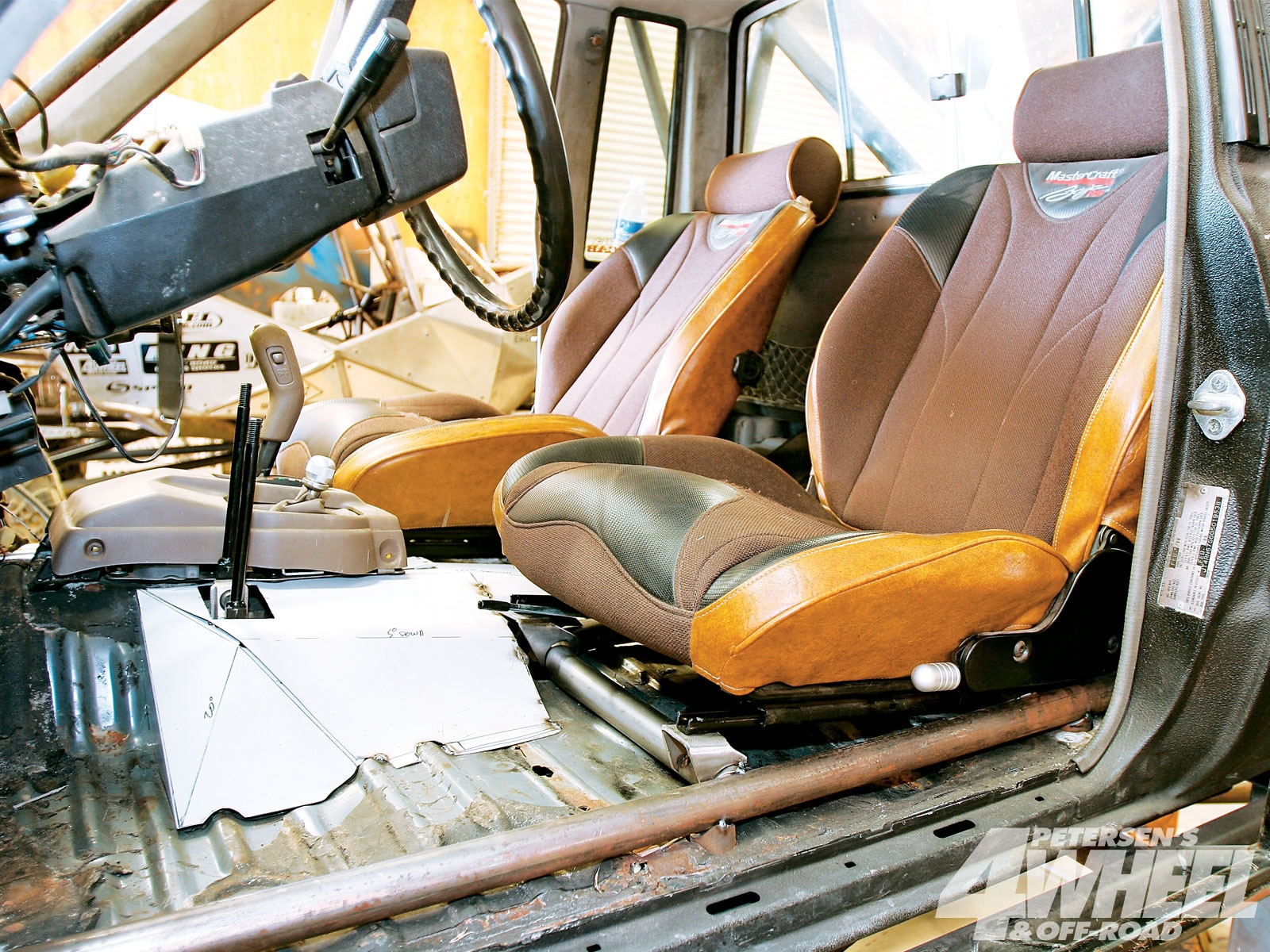 131 1008 04+1987 toyota old new parts+mastercraft baja seats