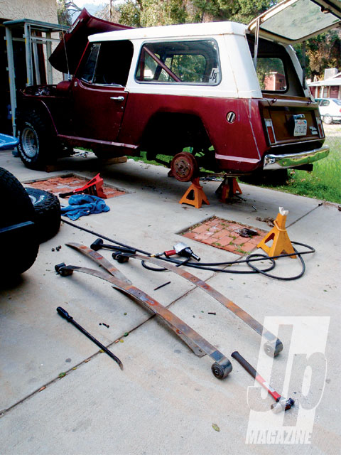 154 0909 09 z+easter jeep safari jeepster project+leaf springs