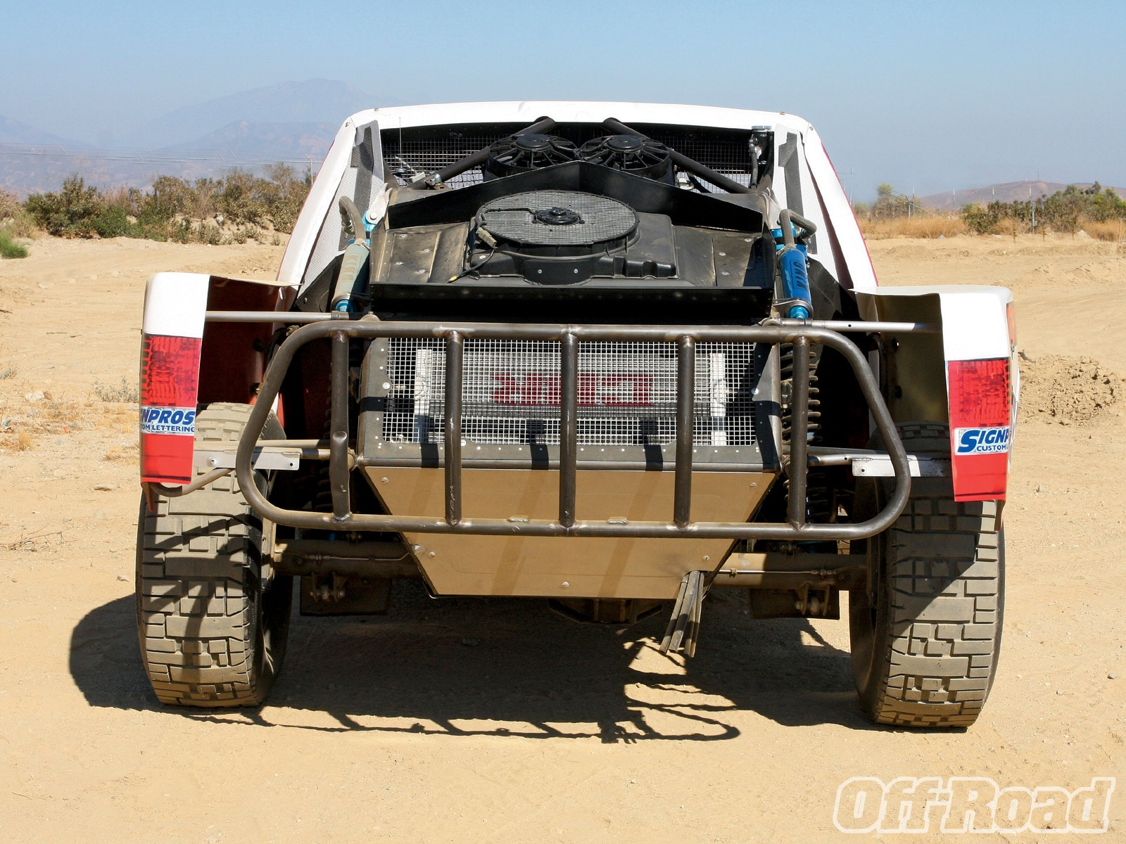 1102or 02 +short course vs desert truck+rear end