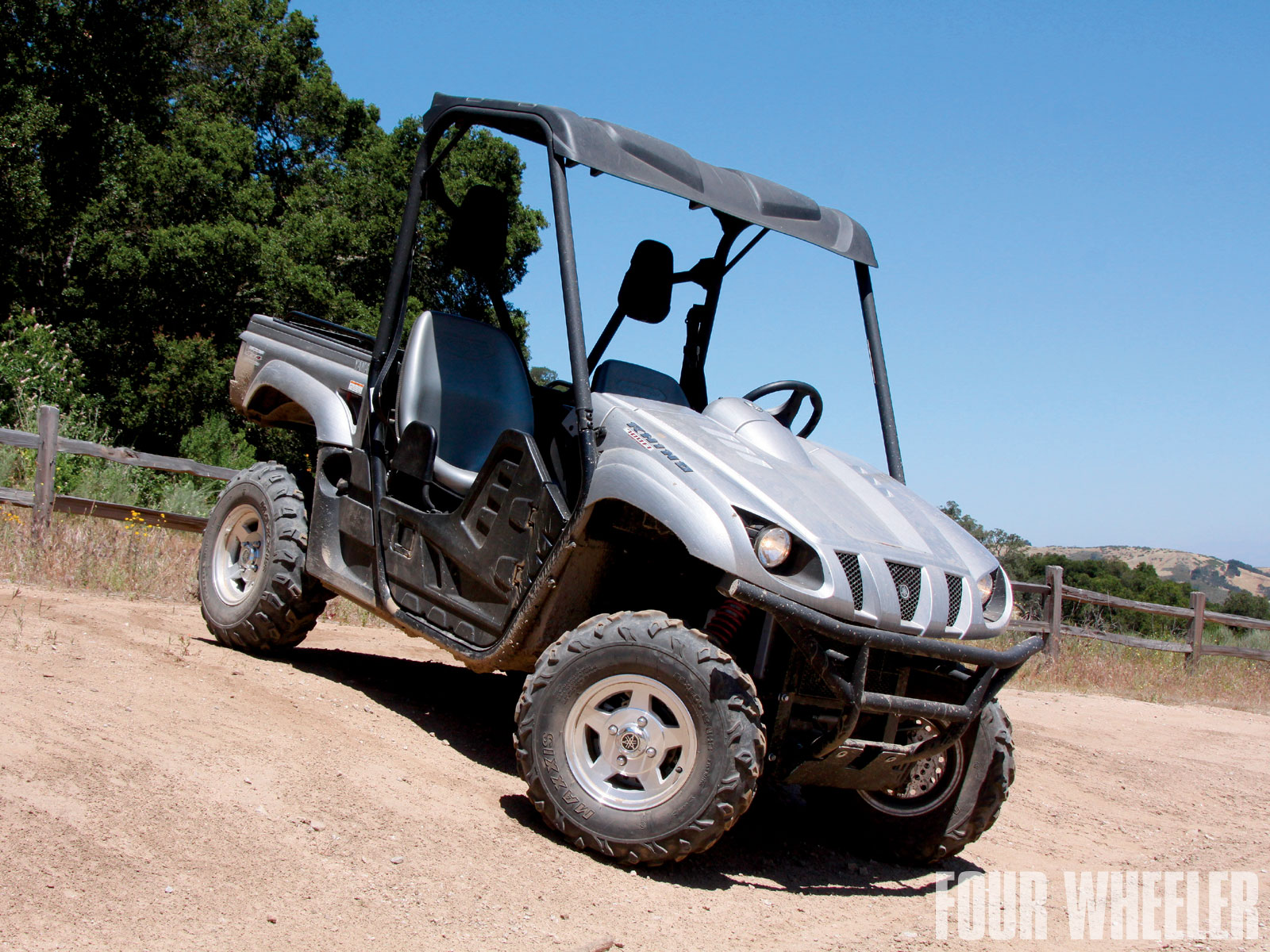 129 1012 02 o+129 1012 december 2010 bed toys yamaha rhino 700 fi sport+front side view