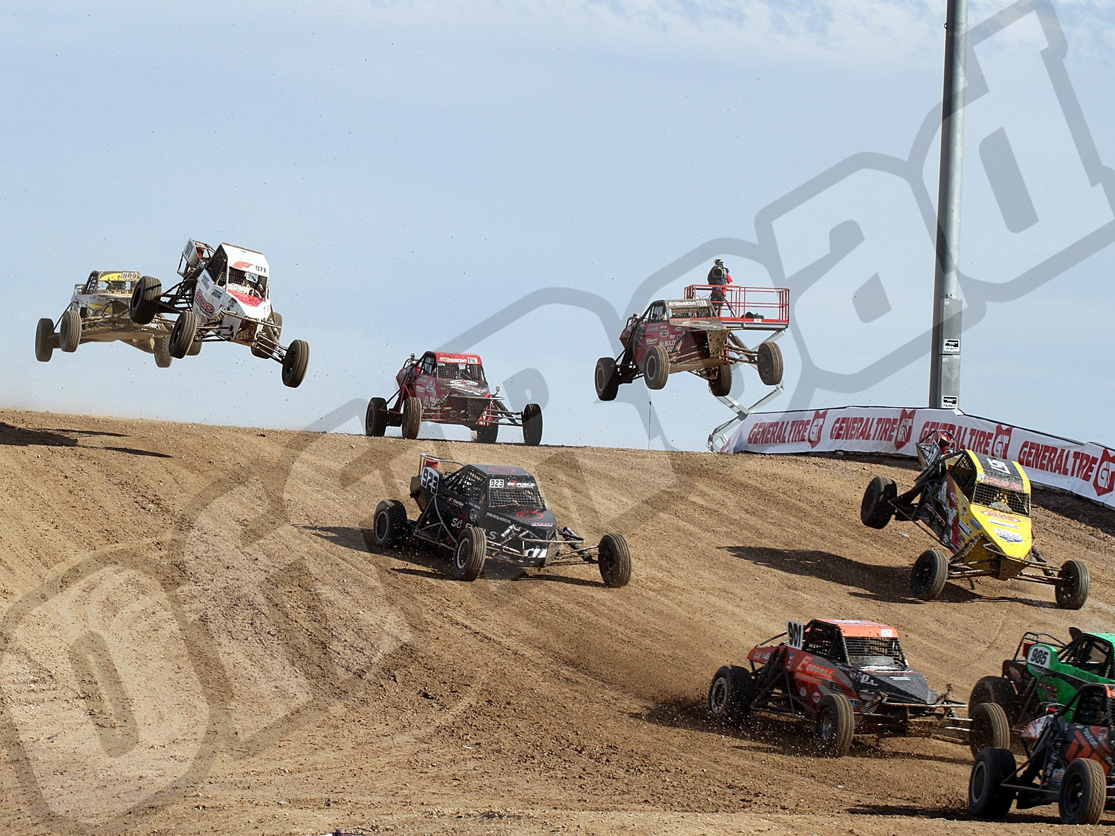 111010or 8867+lucas oil off road racing series+loors buggies