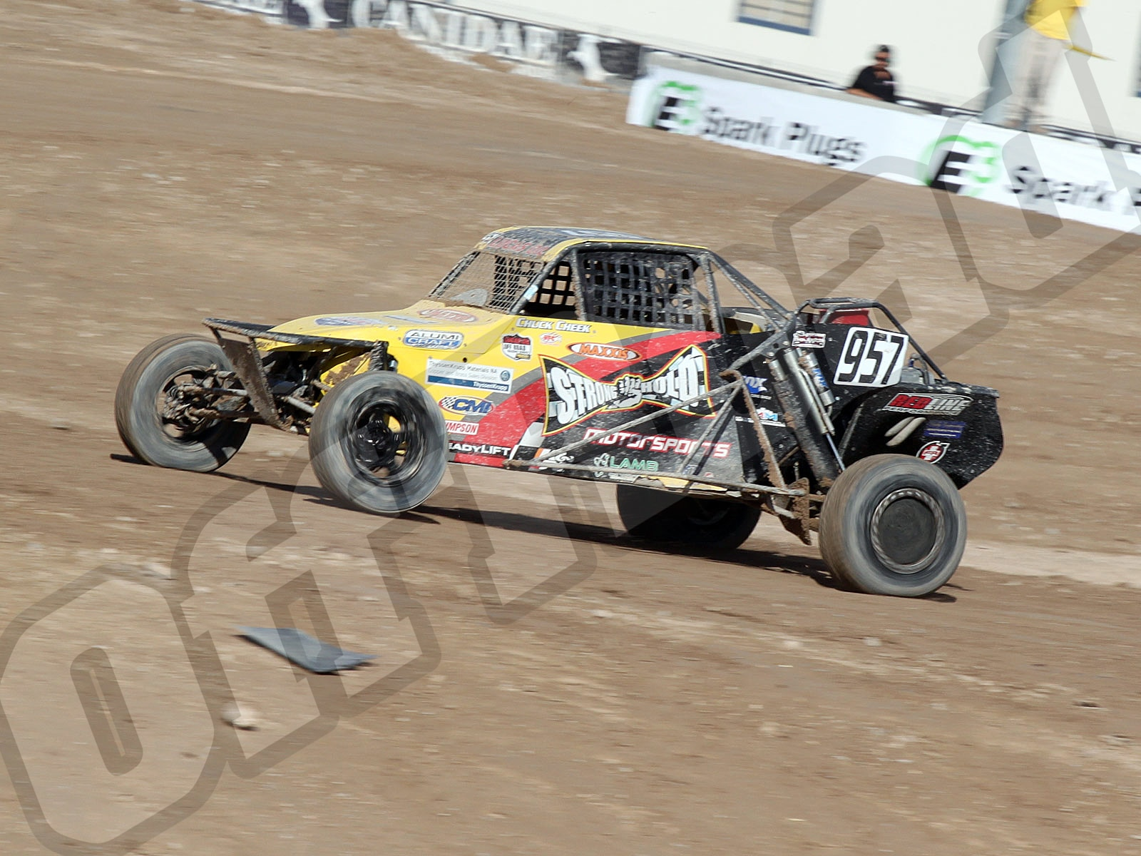 111010or 8902+lucas oil off road racing series+loors buggies