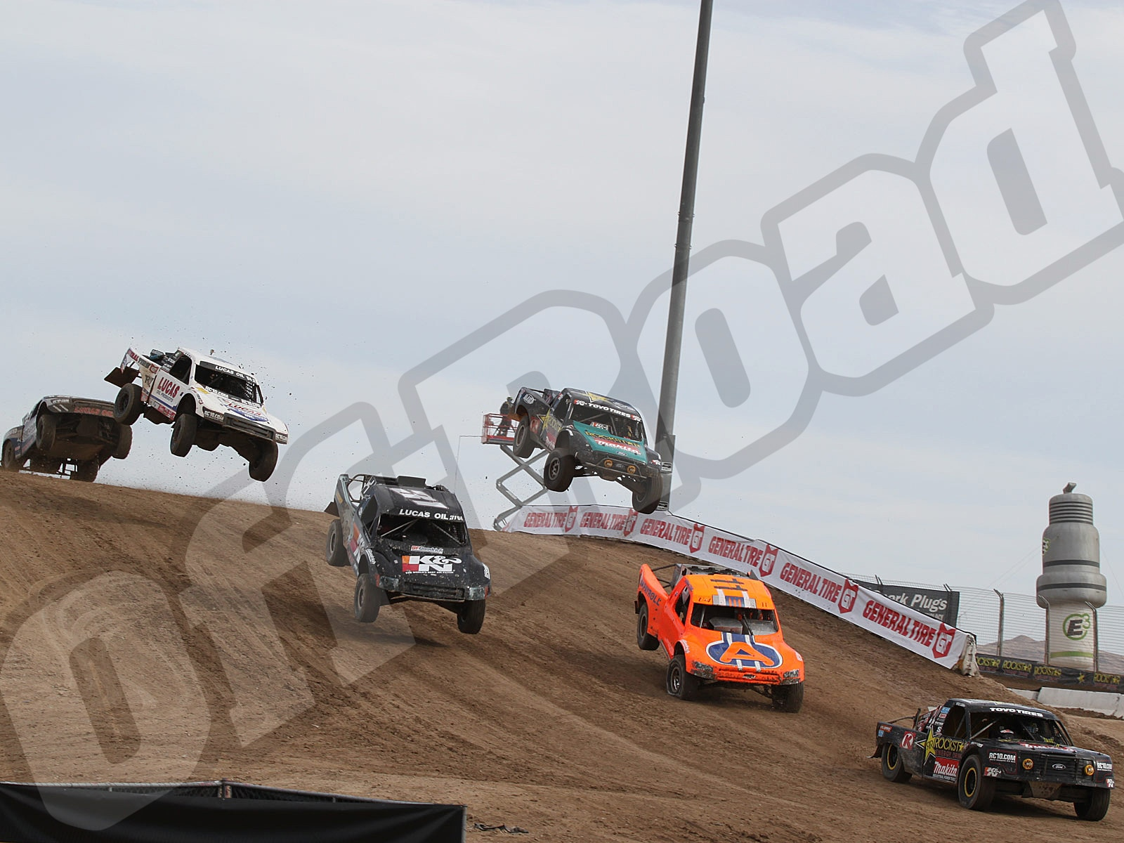 111010or 8627+lucas oil off road racing series+pro 4