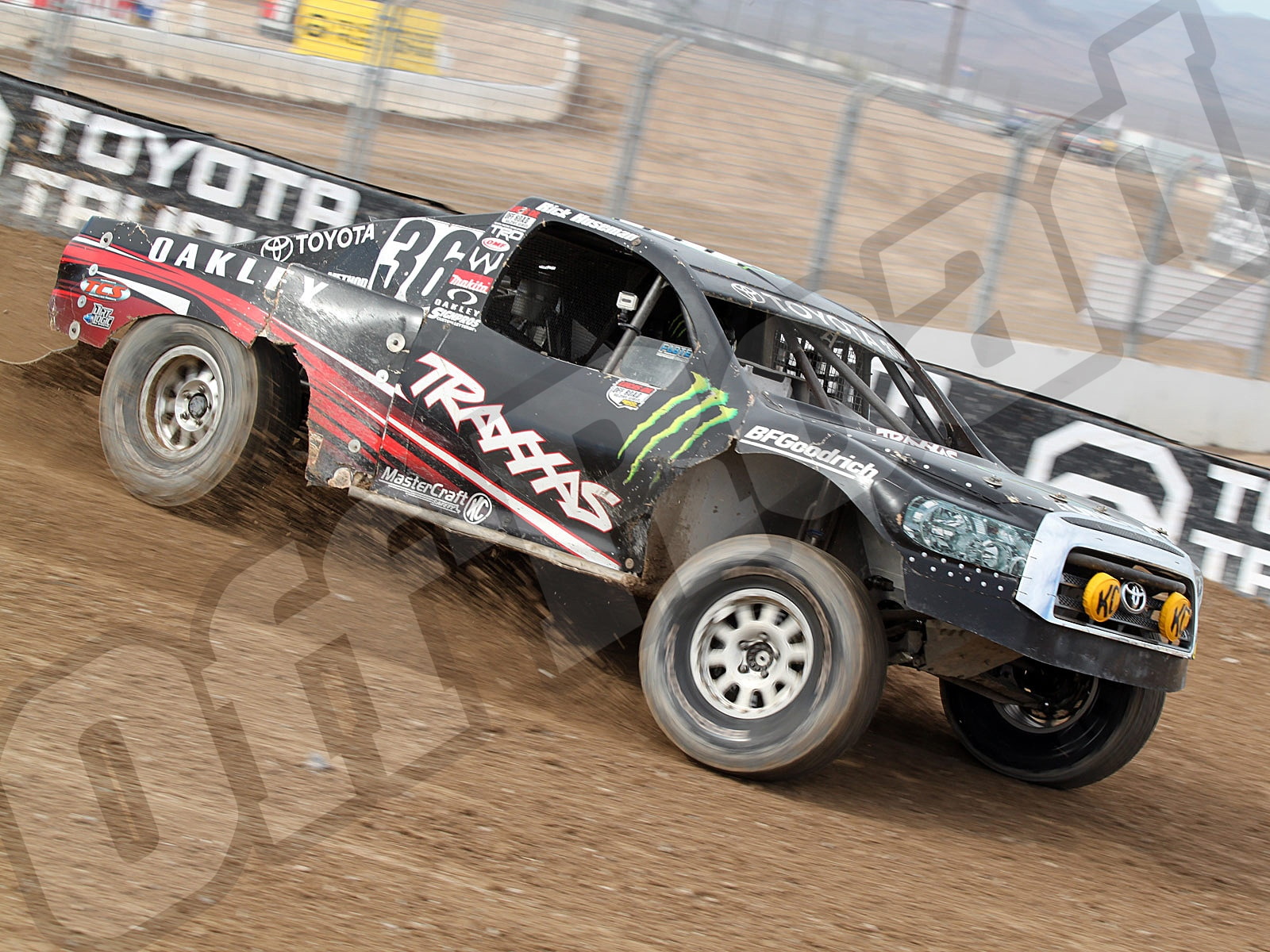 111010or 8618+lucas oil off road racing series+pro 4