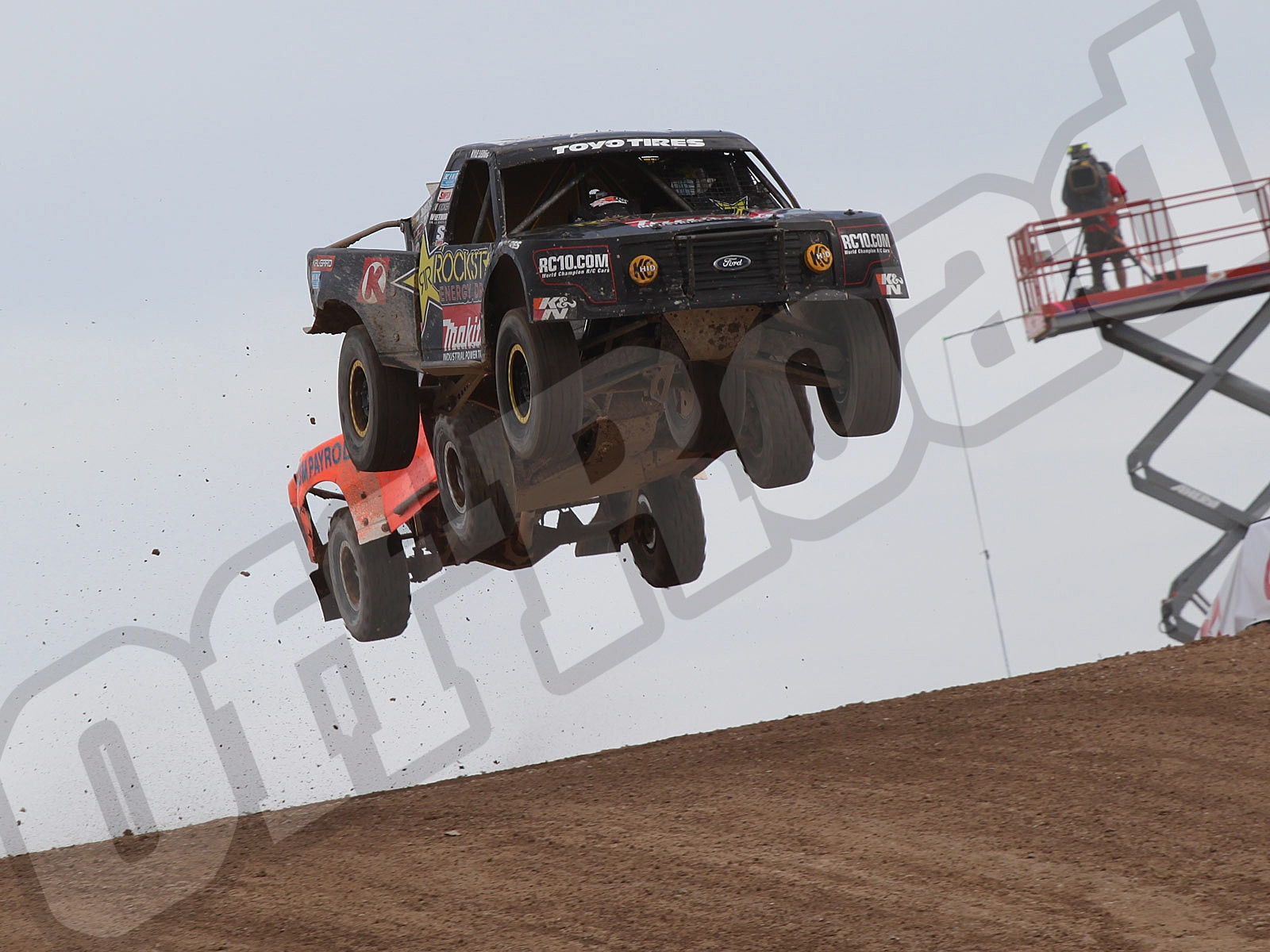 111010or 8692+lucas oil off road racing series+pro 4