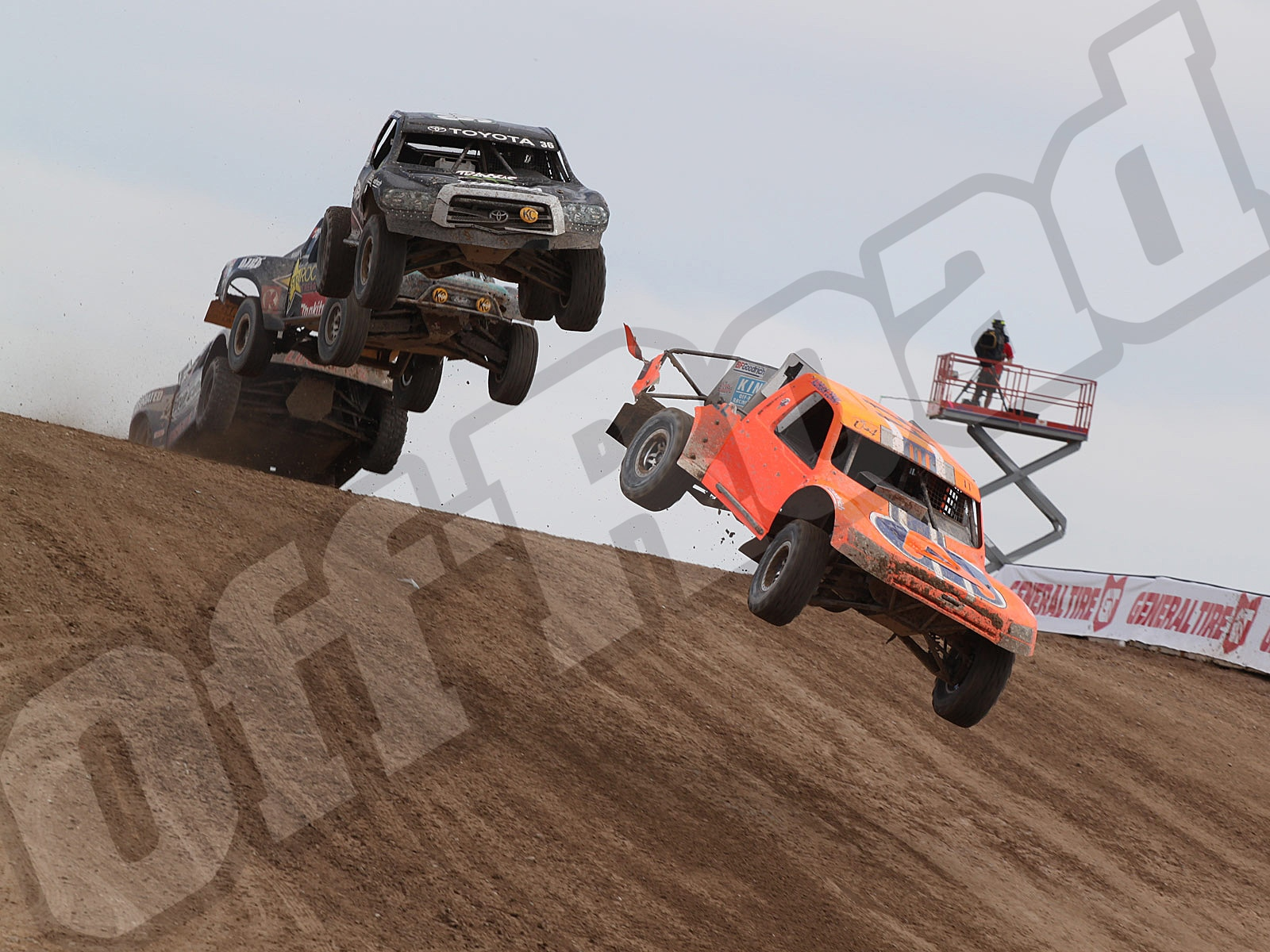 111010or 8765+lucas oil off road racing series+pro 4